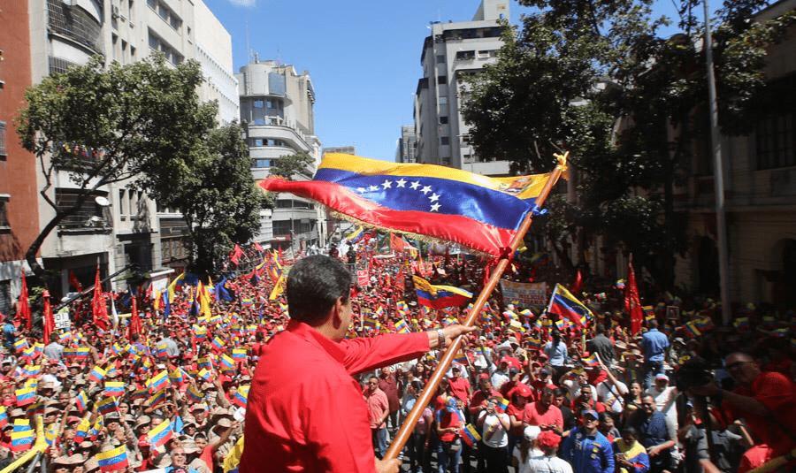 Em Pauta Conjuntura: Venezuela resiste à nova ofensiva norte-americana