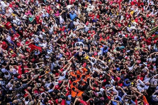 Linha do Tempo Lula Livre